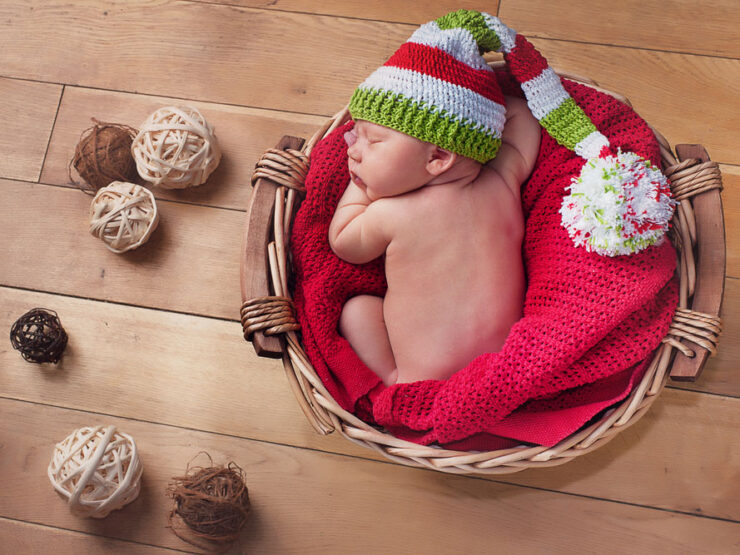 Tips on How to Calm the Baby Down During Photo Taking